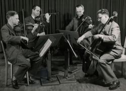Röntgen Kwartet, 1955